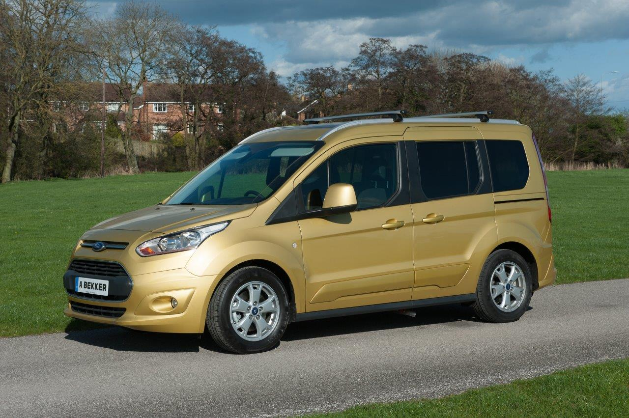 ford tourneo connect wheelchair accessible vehicle. Black Bedroom Furniture Sets. Home Design Ideas