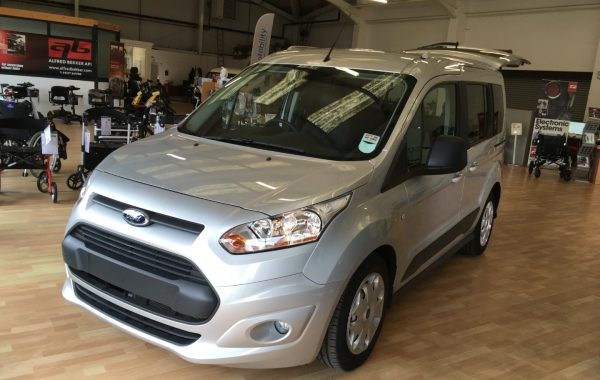 Ford Tourneo Connect &#8211; <strike>£13,000</strike> £10,000 ONO