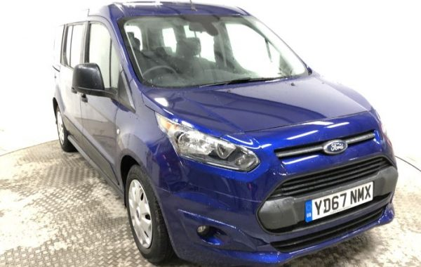 Motability Nearly New: Ford Tourneo Connect Grand
